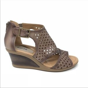 Earth Danae Wedge Sandals Brown Leather Cut Out